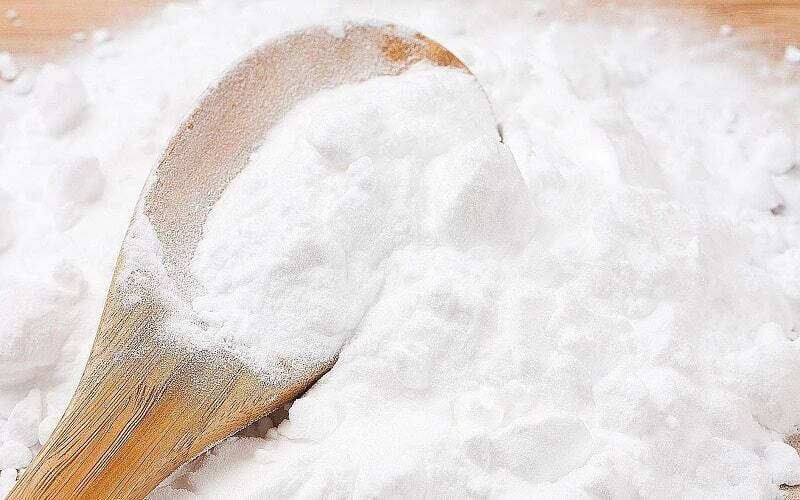 Không lạm dụng baking soda để trị mụn