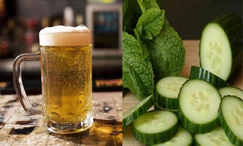 Cách trị mụn bằng bia và dưa leo